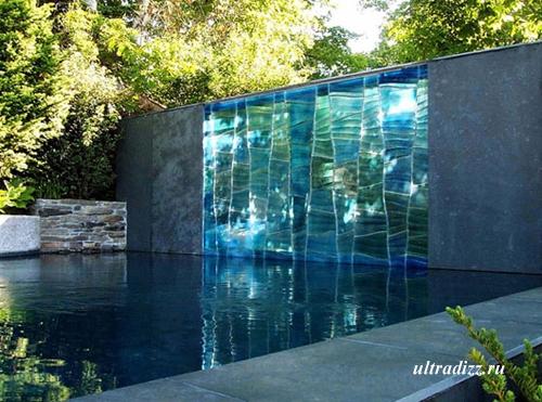стеклянная скульптурная стена