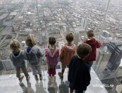 стеклянный балкон в Чикаго