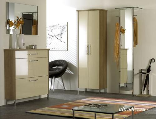 мебель в интерьере маленькой прихожей