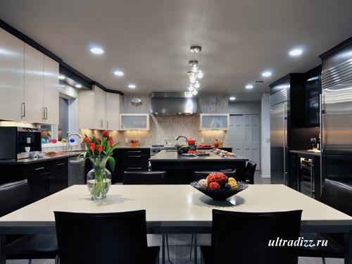 дизайн столовой и кухни в черно-белом цвете