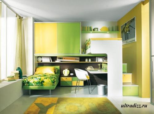 мягкий желто-зеленый контраст в интерьере подростка