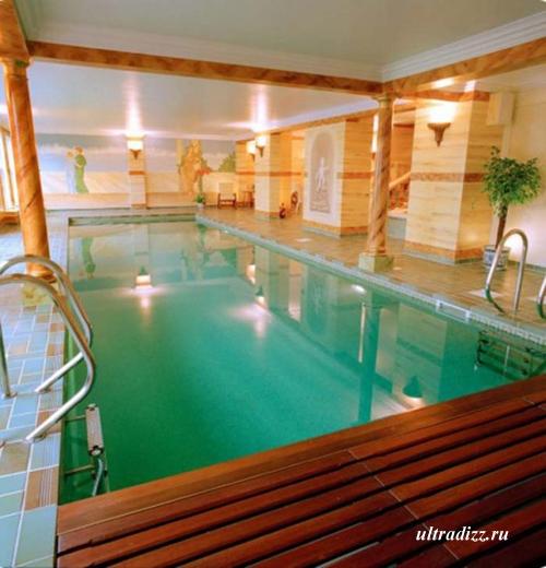 роскошный встроенный бассейн