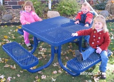 пластиковая мебель для детей