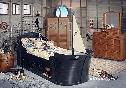 спальня с дизайном на рыбацкую тему