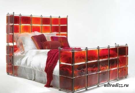 стеклянная кровать