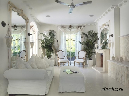 белый интерьер в стиле барокко