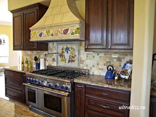 интерьер кухни в тосканском стиле 6