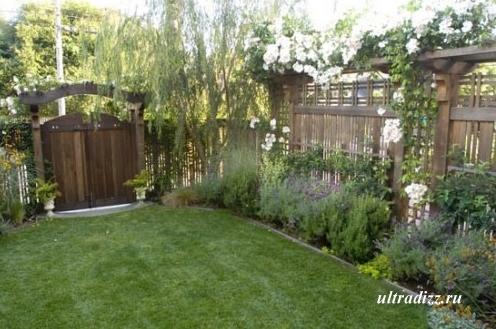 деревянные ворота и забор