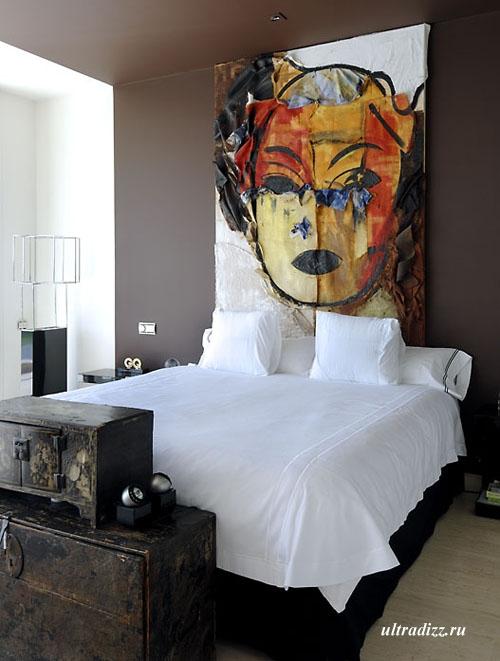 оригинальная спальня в дизайне дома