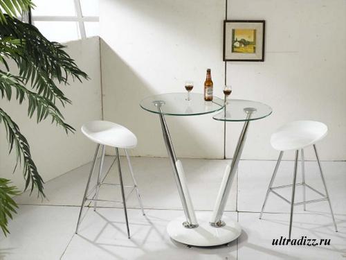 стеклянный барный столик с хромированными ножками