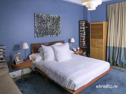 оригинальная голубая спальня
