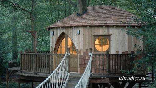 игровой дом с подвесной лестницей