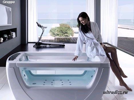 стильная прозрачная ванна