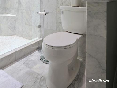 плитка в интерьере маленькой ванной