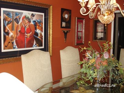 красный интерьер столовой 2