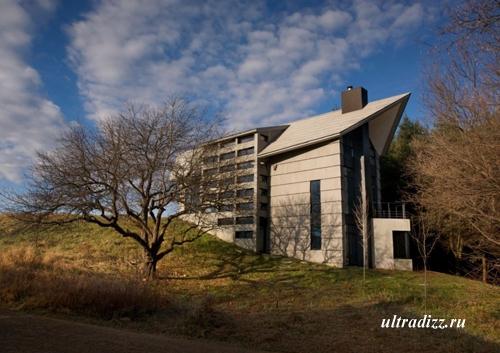 частный дом на холме