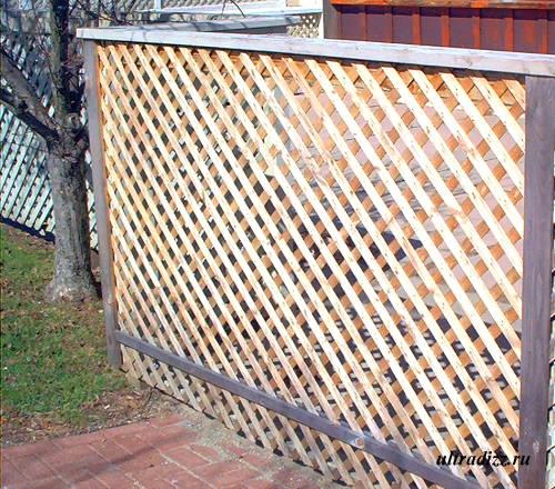решетчатые деревянные заборы и ограждения 6