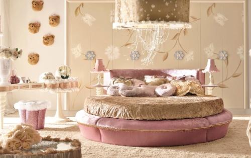 комната для ребенка в романтической стиле