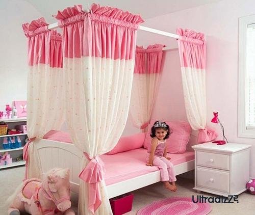 сочетание белого и розового цвета в интерьере