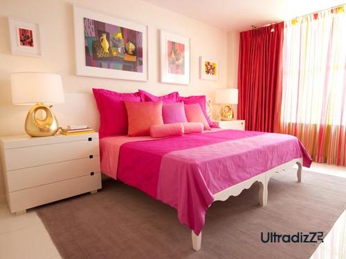 розовый цвет в стиле поп-арт