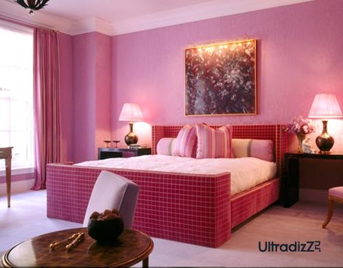 розовый цвет в современной спальне