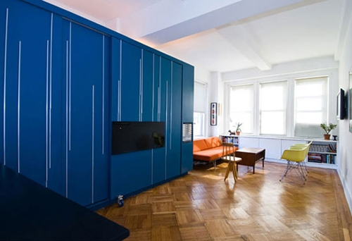 шкаф-трансформер в квартире студии