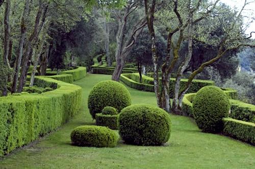 обзорная площадка в ландшафтном дизайне сада