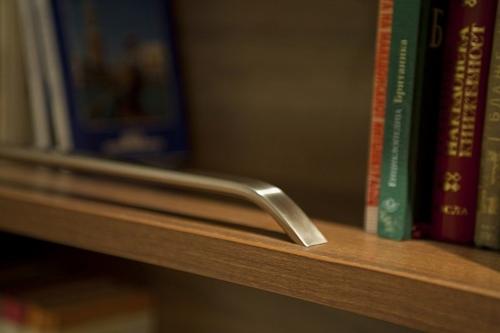 ручки стеллажей
