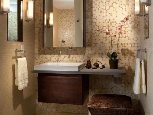 декорирование маленькой ванной комнаты