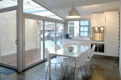 кухня в дизайне жилого гаража