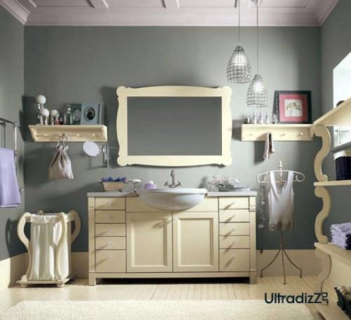 светлая мебель для ванной в английском стиле