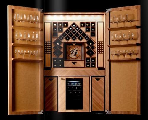 элитная кухня со встроенным хранилищем вина