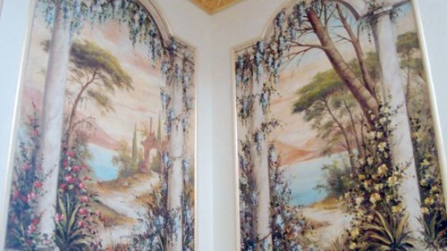 разделение стен на сегменты с помощью интерьерной росписи