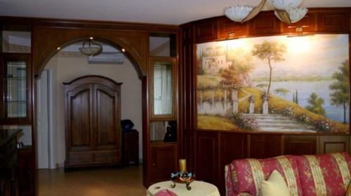 художественная роспись фрагмента стены