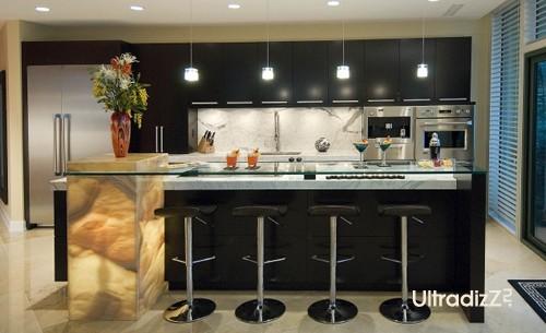 элитная кухонная мебель с ониксом