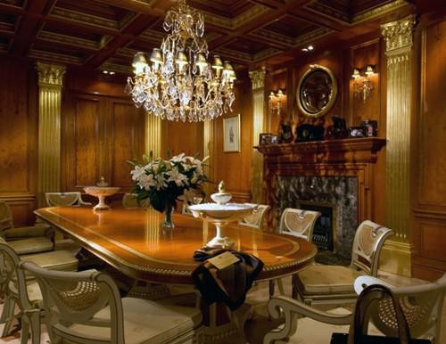 резной декор в классическом интерьере столовой