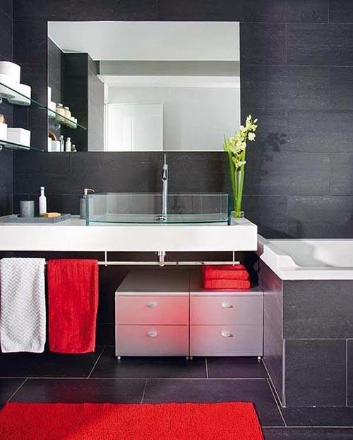 графитово-черный цвет в ванной комнате