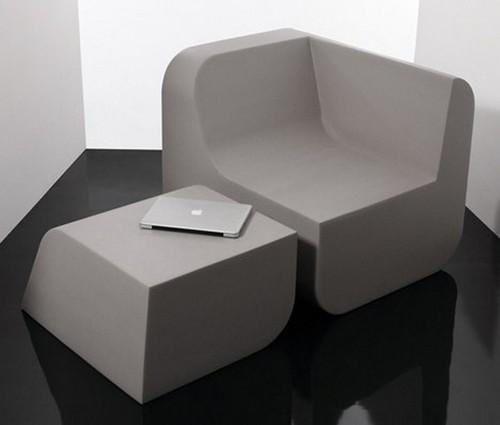 кресло и подставка для ноутбука