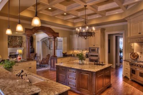 интерьер кухни классического стиля