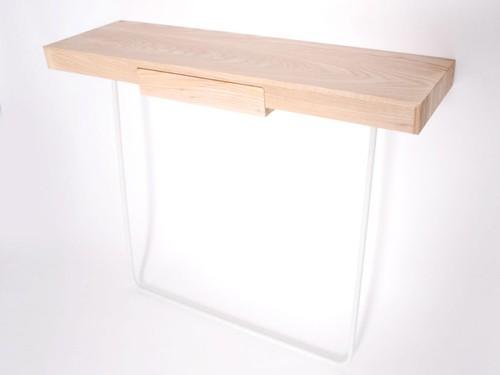 письменный стол для маленькой квартиры