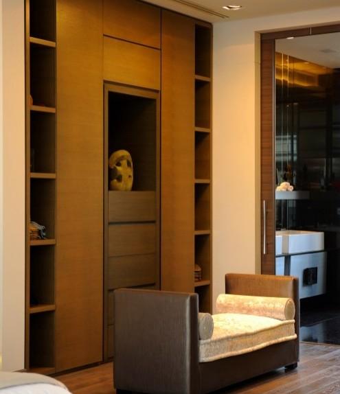 стильный современный шкаф