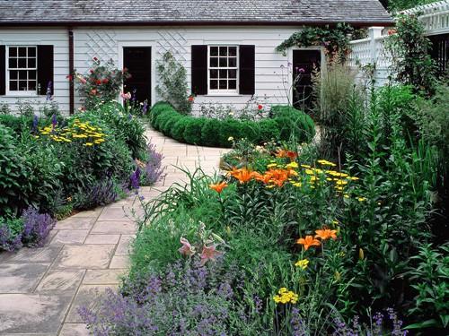 дизайн двора в стиле голландского сада