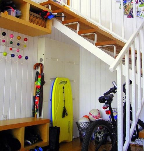 мебель для прихожей под лестницей