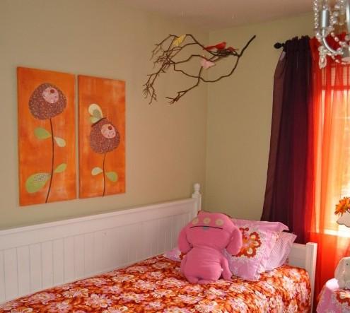 ветки в интерьере детской комнаты