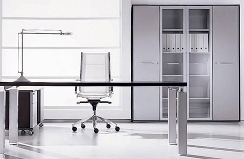 домашний офис в стиле минимализма