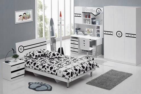 черно-белая детская комната