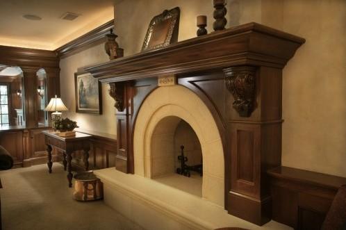 традиционный каминный портал