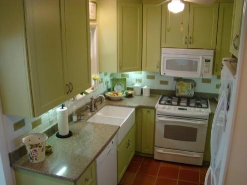 маленькая кухня в доме