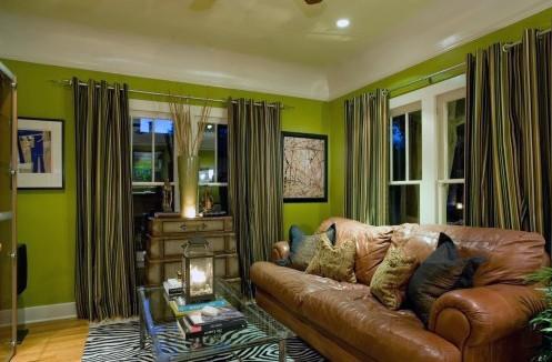 эклектичная зеленая гостиная