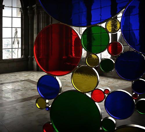 перегородка из цветного стекла